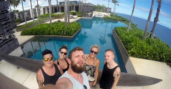 Tým MailerLite na Bali.